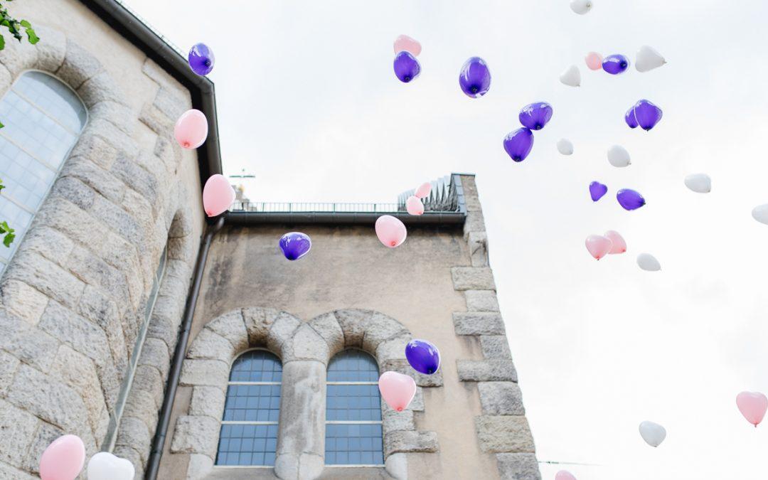 Luftballons steigen lassen? Lieber Alternativen!